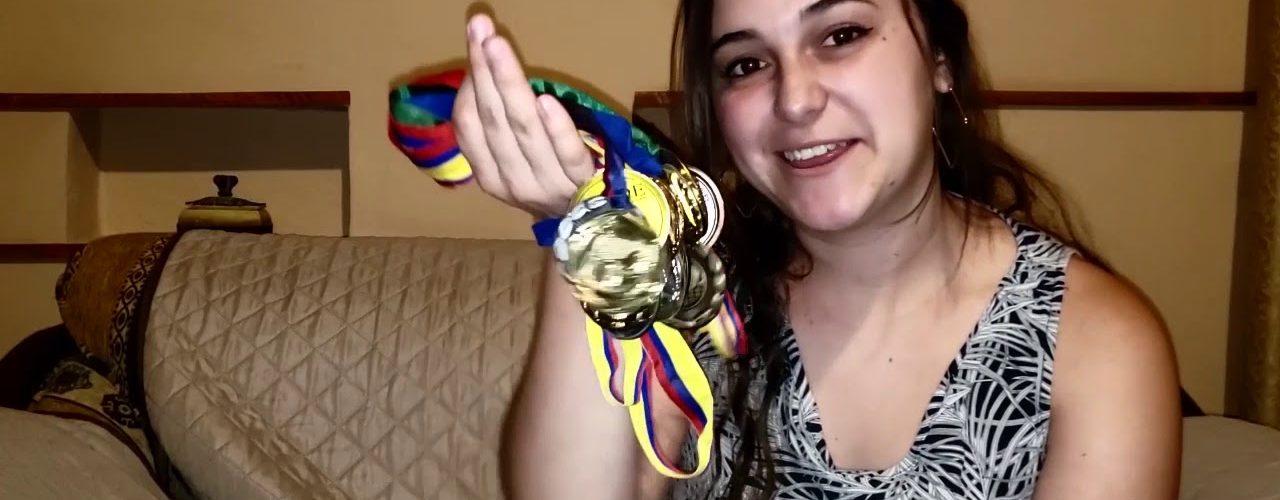 Renata Sarasti, la artista del voleibol entrevista